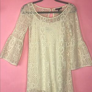 AE Boho NWT Peasant Bell Sleeve Lace Dress